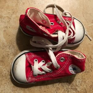 Young kids red Converse